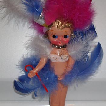 Vintage carnival prize. - Dolls