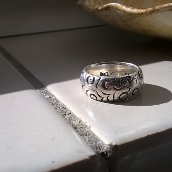 """19th Century Ring Marked """"STANDARD SILVER"""", Antique Shop Find - Fine Jewelry"""