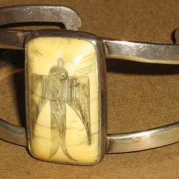 Scrimshaw bracelet - Fine Jewelry