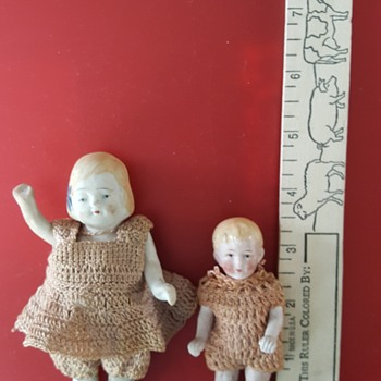 My Mother's dolls