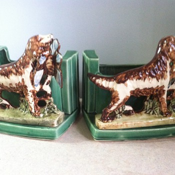 McCoy Bird Dog Planter Bookends - Pottery