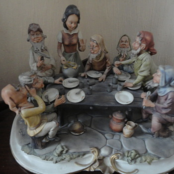 capodimonte snow white & 7 dwarfs as pensioners!