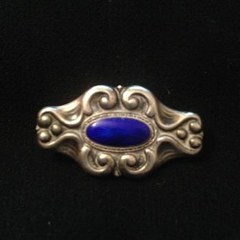 Art Nouveau C-clasp brooch w/ cobalt guilloche. Marked 83CS.