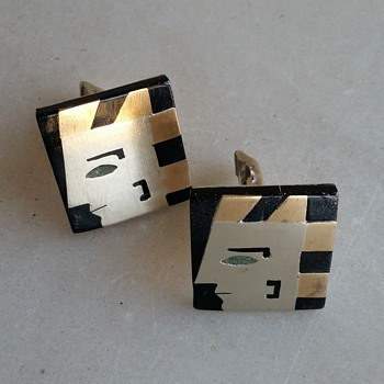Pharoah cufflinks could be 30's, 50's, 80's! - Fine Jewelry