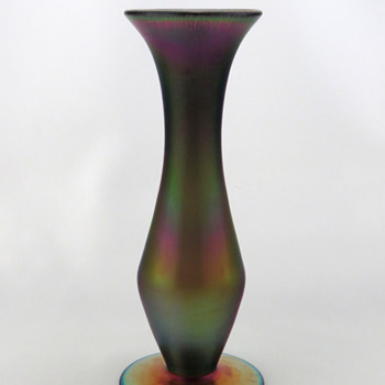 Imperial FH 160 Bronze Lustre Vase - Free Hand Line ca. 1923-24  - Art Glass