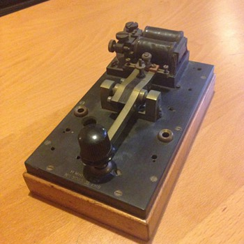 Is this a Morse code unit from ww1 ??