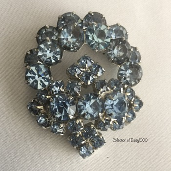 Mary Pickford's Light Blue Sapphire Brooch — From Pickfair Estate  - Costume Jewelry