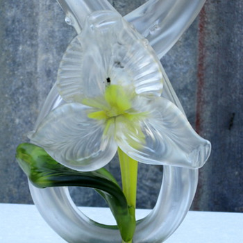 KRALIK TUBE THORN FLORIFORM - Art Glass