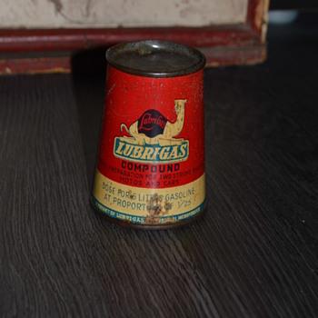 lubrigas oil can - Petroliana