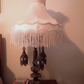 Lamp with hanging globes