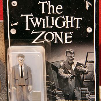 Twilight Zone - Henry Bemis Figure  - Toys