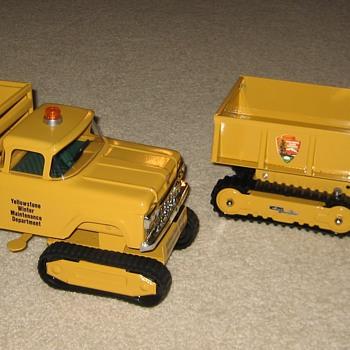 Set of TWO Yellowstone Park Winter Maintenance Trucks! - Model Cars