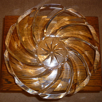 Glass Fruit Bowl 1960's? - Glassware