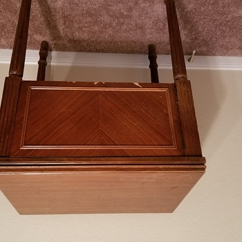 New Home Light Running Sewing Machine in Cabinet