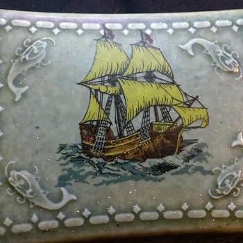 irish Wade trinket box - Pottery