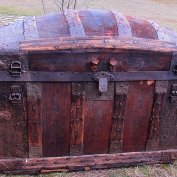 1873 Martin Maier / Leather / Strap & Dowel / Barrel Top Trunk - Furniture
