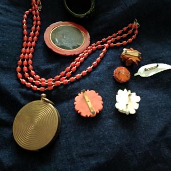 Bakelite items - Accessories