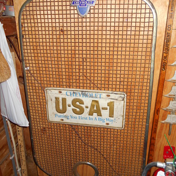 1929 Chevrolet radiator screen guard - Classic Cars