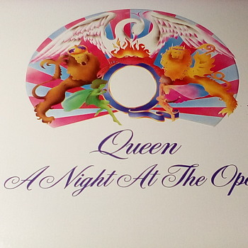 "Queen ""A Night At The Opera"" - Records"