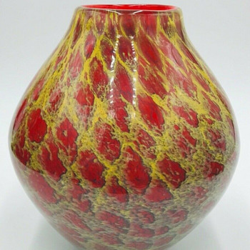Kurata Craft Glass red and yellow vase - Art Glass