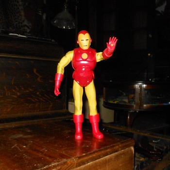 Captain Action Iron Man By Round 2 - Toys