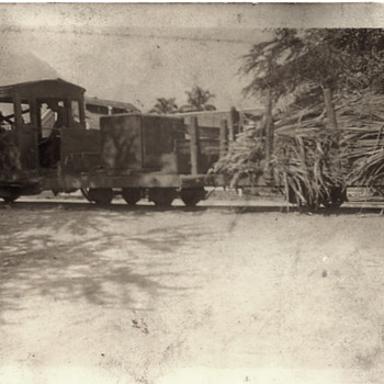 Hawaii Scenes from 1920s Army Men - Photographs