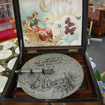 Antique Celesta Music Box - Music Memorabilia