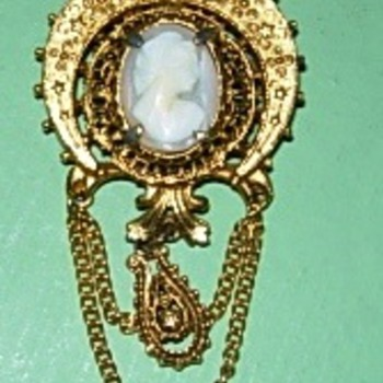 Abuela Esther's brooch - Costume Jewelry