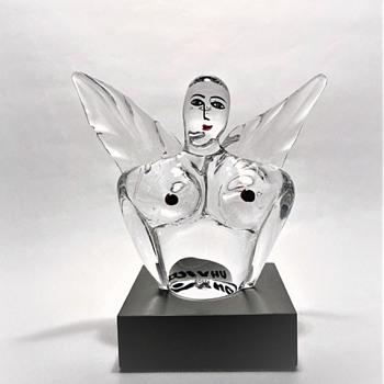 "ULRICA  HYDMAN VALLIEN 1938-2018   ""HUSGUD""  - Art Glass"