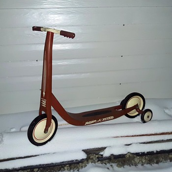Radio Flyer Retro Red Scooter Model #38 2000-2010 - Toys