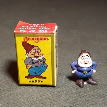 Marx Disneykins Happy of Snow White and the Seven Dwarves 1960s - Advertising