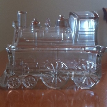 Locomotive candy dish circa 1900 - did it come from Ukraine? - Kitchen
