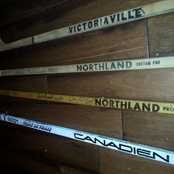 Signed 1968–69 NHL season hockey stick - over 20 signatures. One Of A Kind. - Hockey