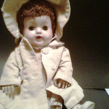 Unknown Doll, maybe Vintage Betsy Wetsy? - Dolls