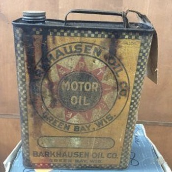 Awesome Early Green Bay Wis Gallon Oil can - Advertising