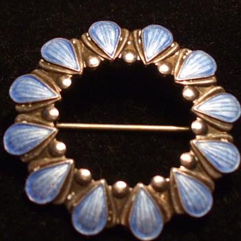 "VOLMER BAHNER Designed ""SHELL"" Brooch, DENMARK - Fine Jewelry"