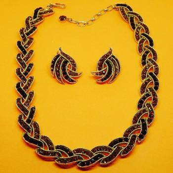 Crown Trifari Necklace Set - Costume Jewelry