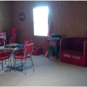 Coca cola man cave - Coca-Cola