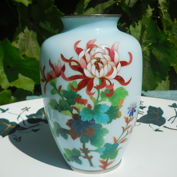 Japanese Cloisonne Chrysanthemum Vase A Closer Look For Lisa! :^D - Asian