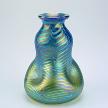 SIGNED Loetz Phänomen Genre  85/3780 in blue opal - Art Glass