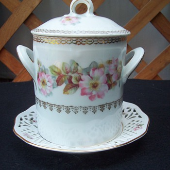 Z.S.&C. Item - China and Dinnerware