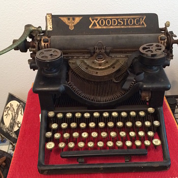 WOODSTOCK Standard Typewriter Model No. 5