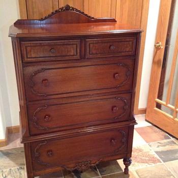 Victorian style dresser - Furniture