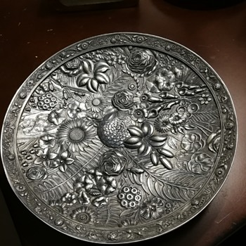 Reed & Barton repousse floral dish - Silver
