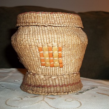Native American Quinnalt Woven Basket - Native American