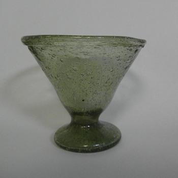 Old dessert / sundae bowl - Glassware