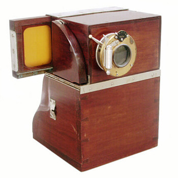 Early instant photography: the Quta Photo Machine, c.1904-11 - Cameras