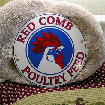 RED COMB POULTRY FEED SIGN