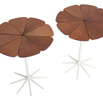 Richrd Shultz petal table - Furniture
