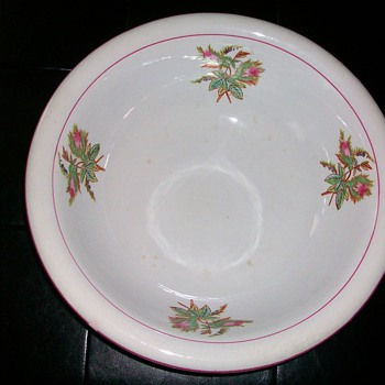 N. J. POTTERY CO. WASH BOWL - Pottery